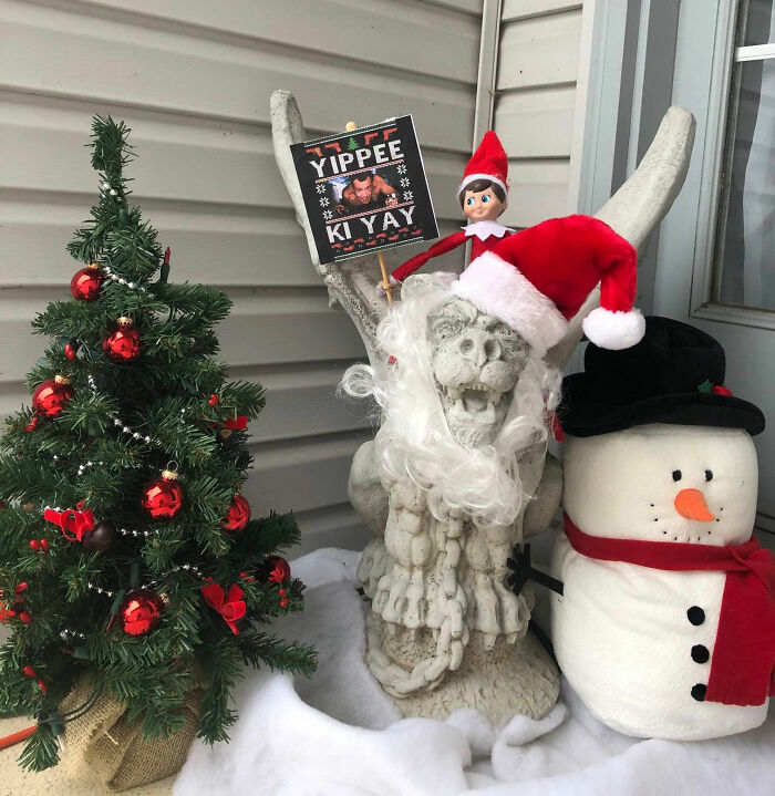 """""""Karen"""" Keeps Leaving Notes Complaining About Woman's Decorations, Woman Responds By Adding Even More 19"""