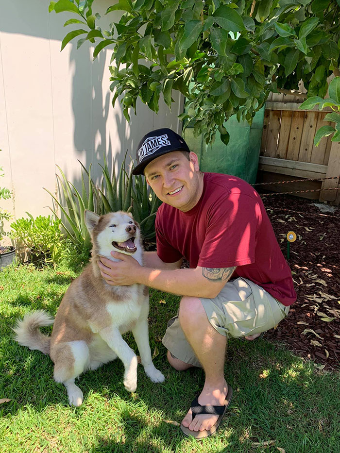 Lost Dog Comes Home After 7 Years