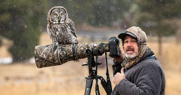 """""""It Sent Tingles Down My Spine For Hours"""": Owl Lands On This Photographer's Lens, Ends Up Blending In Perfectly"""