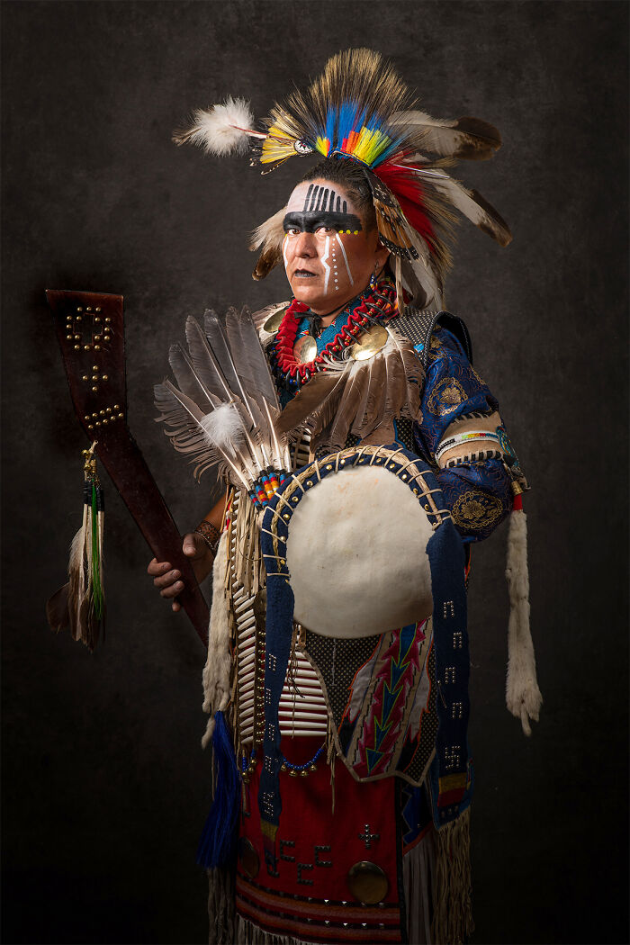 16 Authentic Portraits Of Native Americans Posing In Traditional Regalia