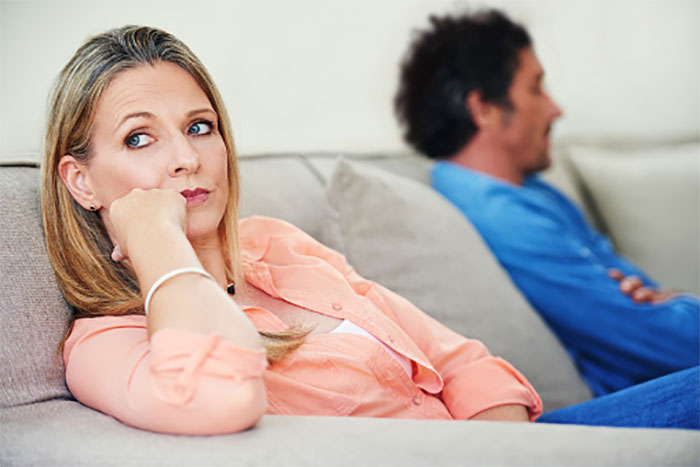Couples-Therapy-Relationship-Red-Flags