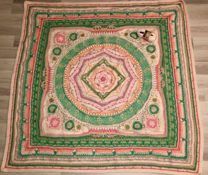 """Crochet Blanket (Scheepjes Cal 2020, """"l'Histoire Naturelle - Herbarium"""""""
