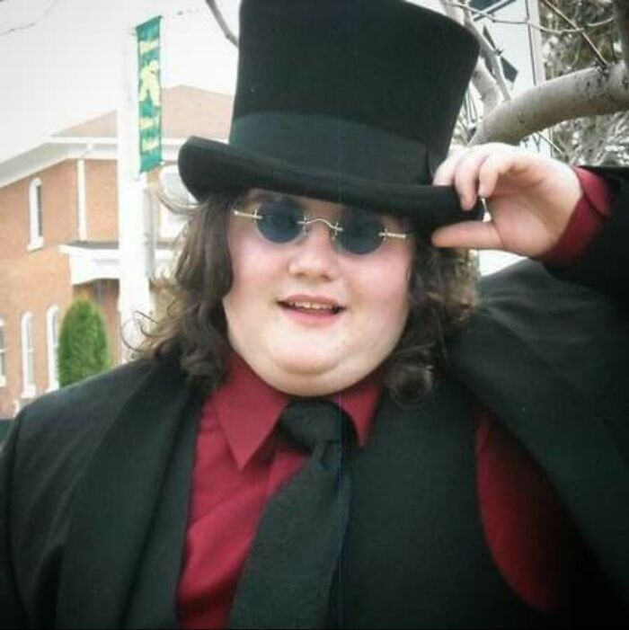 Prom 2009, I Was A Sophmore In High School And I Took School Dances A Litte Too Seriously. Also I Didn't Have A Date