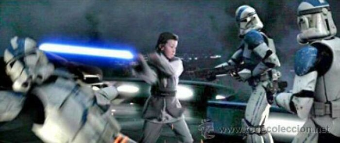 En Star Wars Episodio 3: La venganza de los Sith (2005) el joven Jedi que salva a Bail Organa fue interpretado por el hijo de George Lucas, Jett Lucas