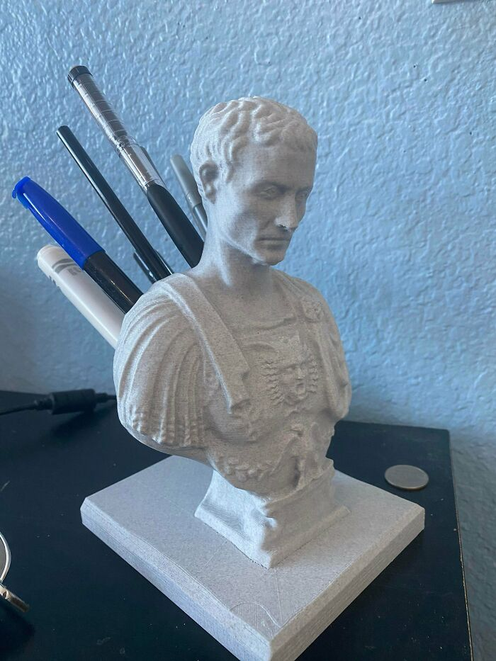 My 3D Printed Julius Caesar Pencil Holder