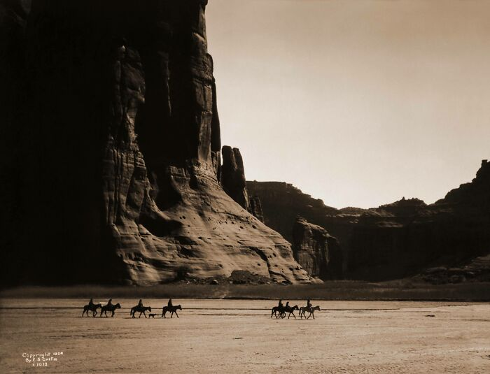 Navajo Riders In The Canyon De Chelly, Arizona. 1904, Photo Taken By Edward Curtis