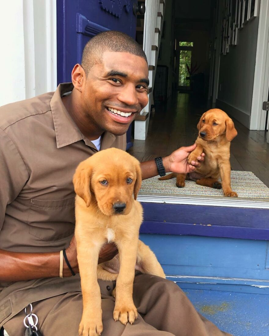Delivery Man Continues To Take Breaks On The Way To Take Pictures And Pet The Dogs He Meets (New Pics)