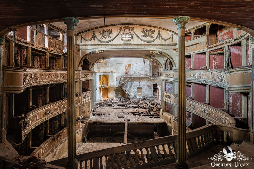 An Opulent Art Nouveau Theatre In Northern Italy