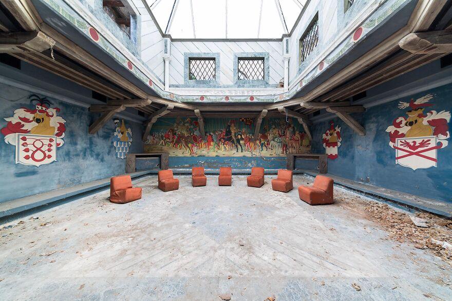 Abandoned Disco, Italy