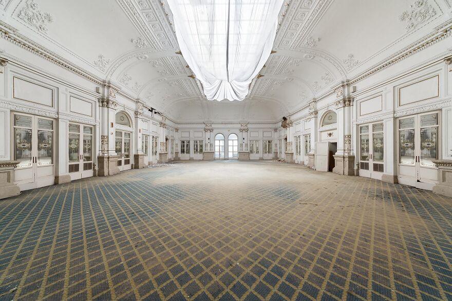 Abandoned Hotel, Italy