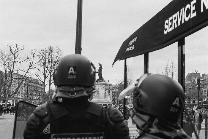 Analog Photo Made In Place De La République