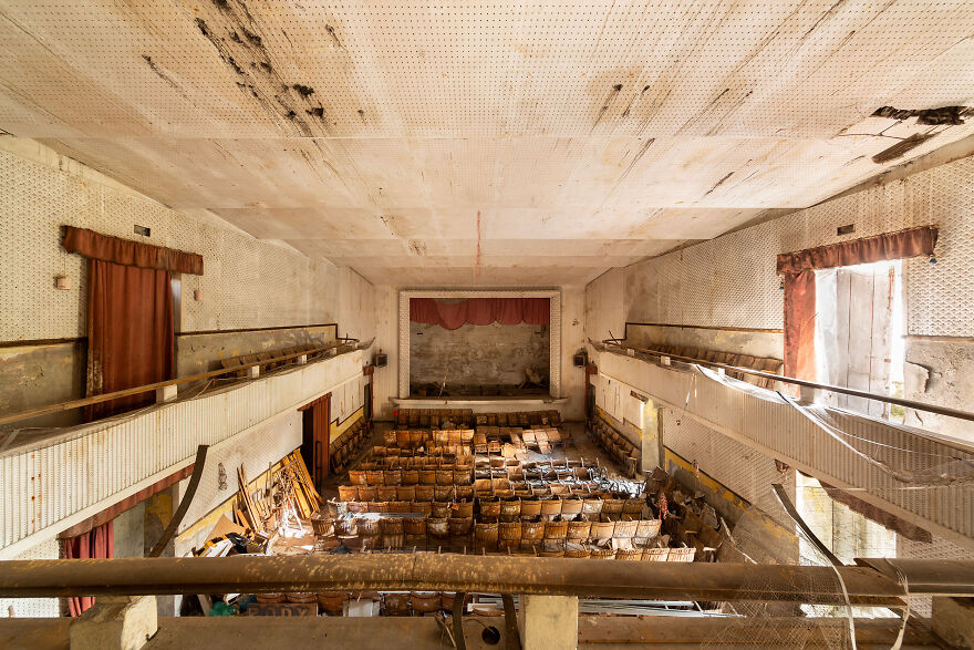 Abandoned Cinema, Italy