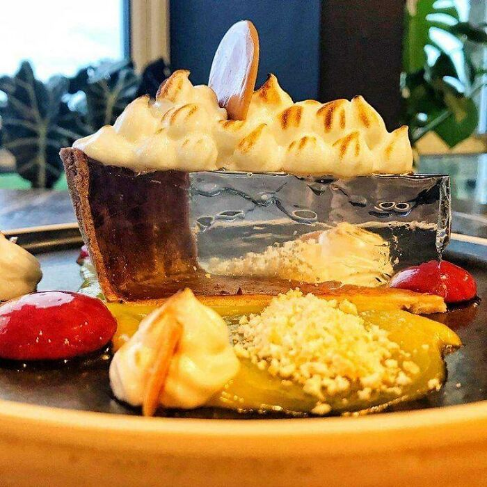 This Leeds-Based Chef Created An Amazing Lemon Meringue Pie That Is Transparent