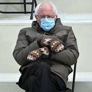 35 Divertidos memes creados a partir de la imagen de Bernie Sanders sentado solo durante la investidura