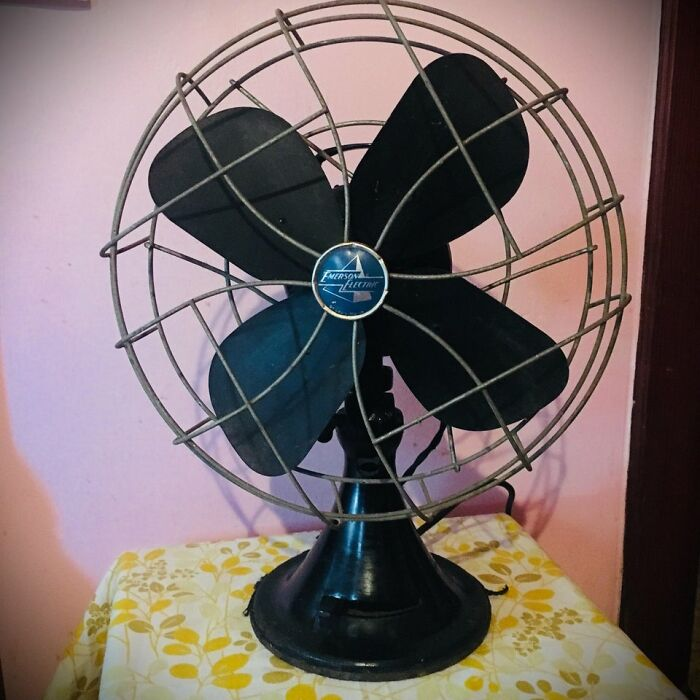 Sure, You May Lose A Finger, But My Emerson Table Fan Has Been Going Strong For Over 70 Years