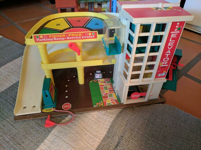 Kids Played The Most With This 25-Year-Old Toy Despite All The Gifts They Got