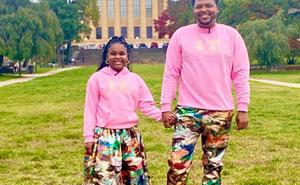 Este padre cose ropa personalizada para su hija de 9 años, y aquí tienes 30 de las mejores prendas