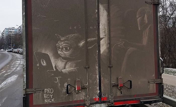 Owners Of Dirty Trucks Find Amazing Drawings On Their Vehicles Left By This Artist (36 New Pics)