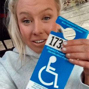 Esta mujer sin piernas fue reprendida por aparcar en zona para discapacitados y su contundente respuesta se vuelve viral