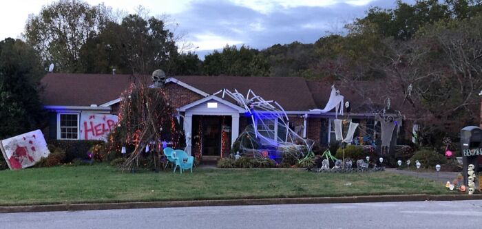 My Halloween Decorations From This Past Year 👻