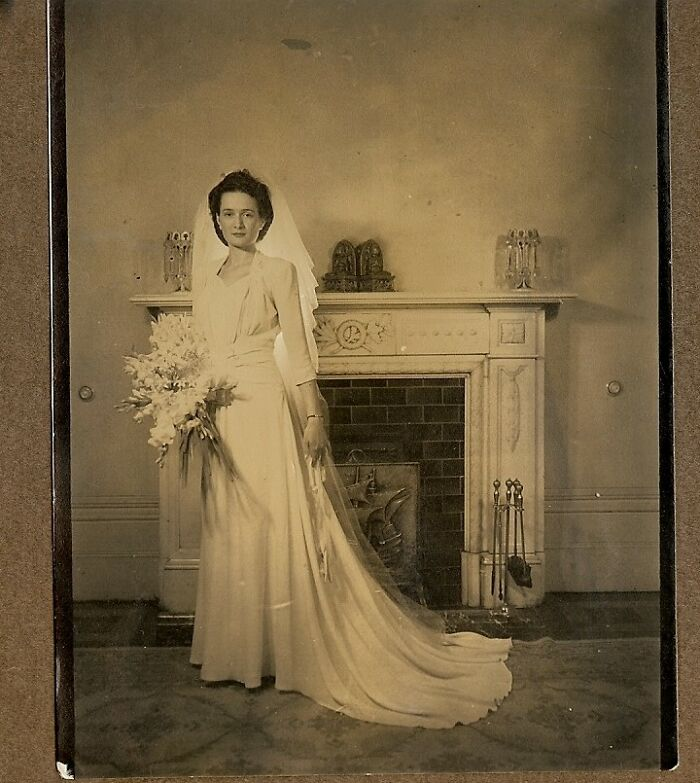My Grandmother, Lella Margaret Meurer (Nee Williams), Australia, 1940s, I Have Many Photos Of Her Looking Like She Should Be A Model, And I Treasure Her Wedding Photo.