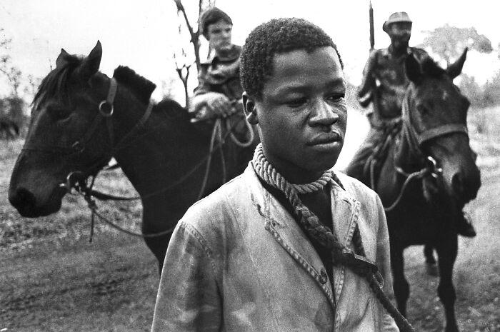 """1978 """"Tres fotografías de las zonas de guerrilla en Rodesia"""""""