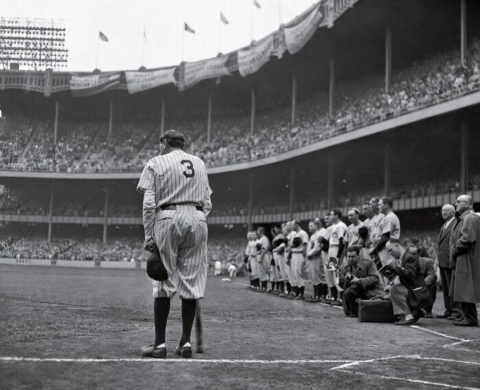 "1949 ""Babe Ruth se retira"""