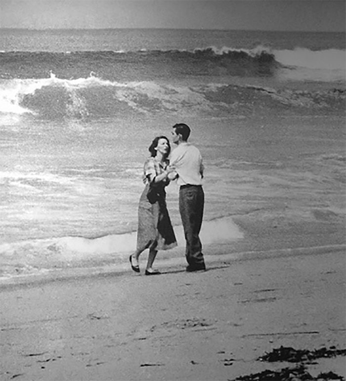 """1955 """"Tragedia junto al mar"""""""