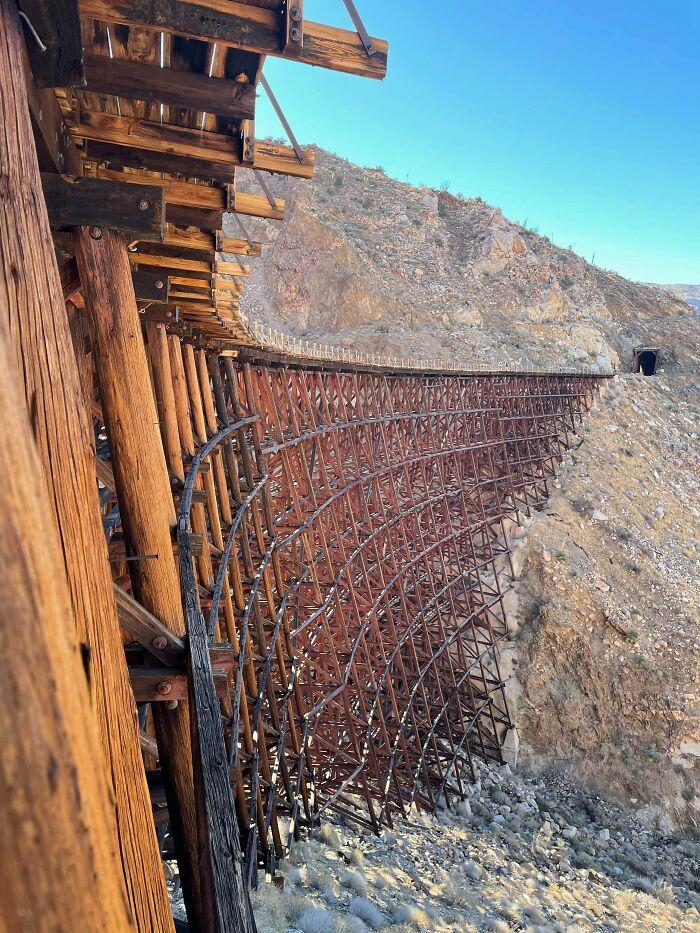 16 Mile Hike To An Abandoned Train Track Bridge In California