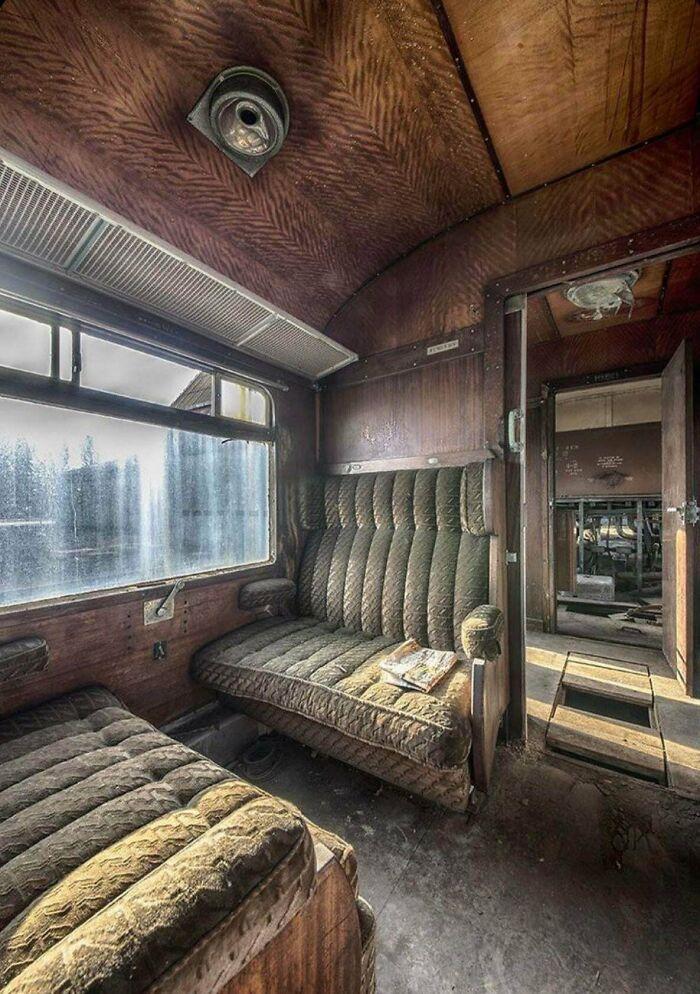 Tren Orient Express de los años 30 abandonado