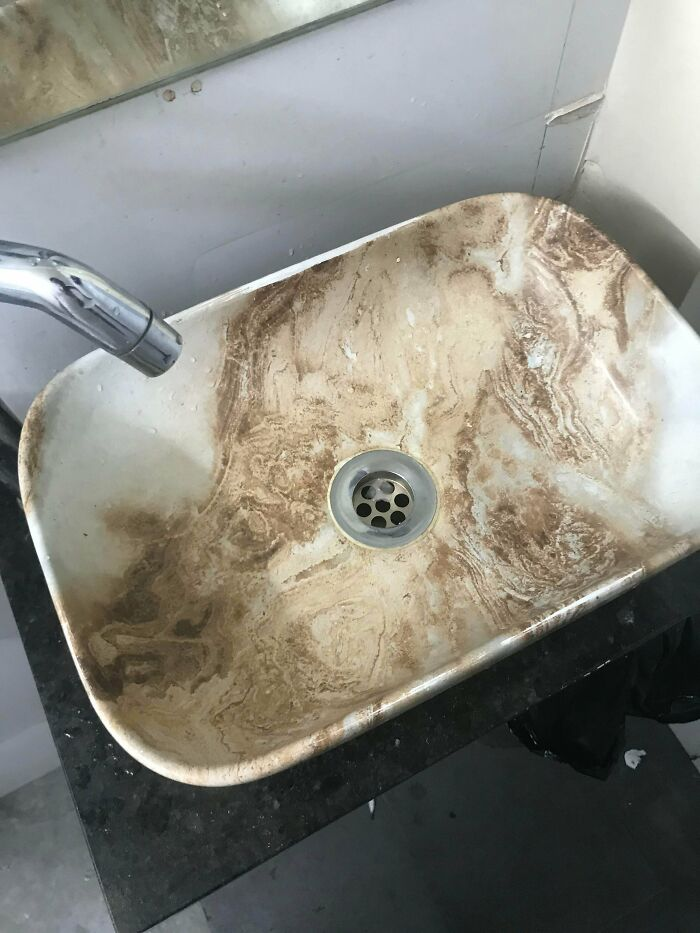 This Is Apparently A Clean Wash Basin
