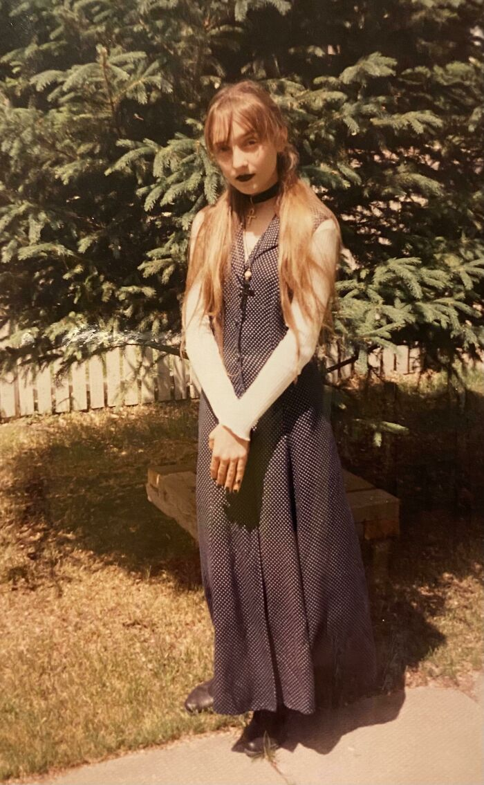 """I Call This Look """"Christian Granny Goth"""" And It Was Pretty Bold For A 12 Year Old In 1995"""