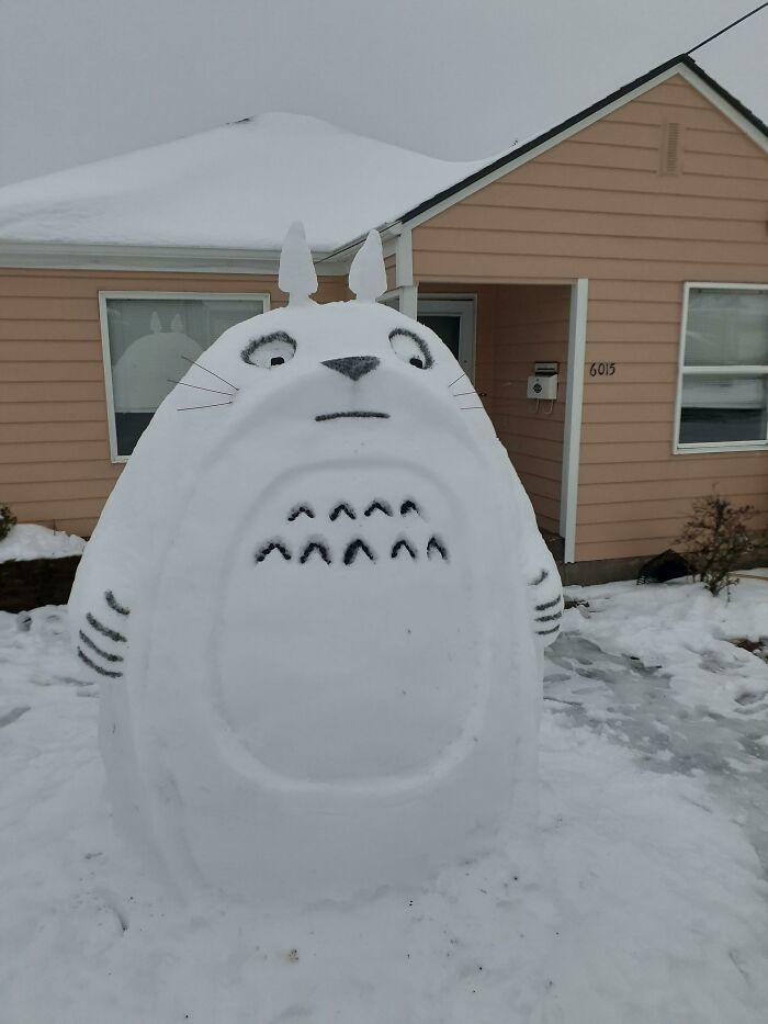Snowman Totoro.