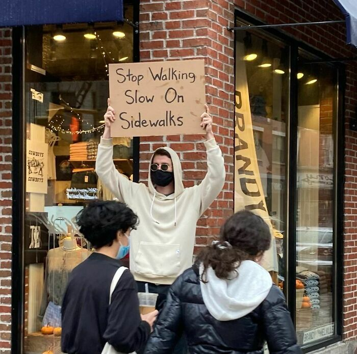 Dude-With-Signs-Funny-Protesting