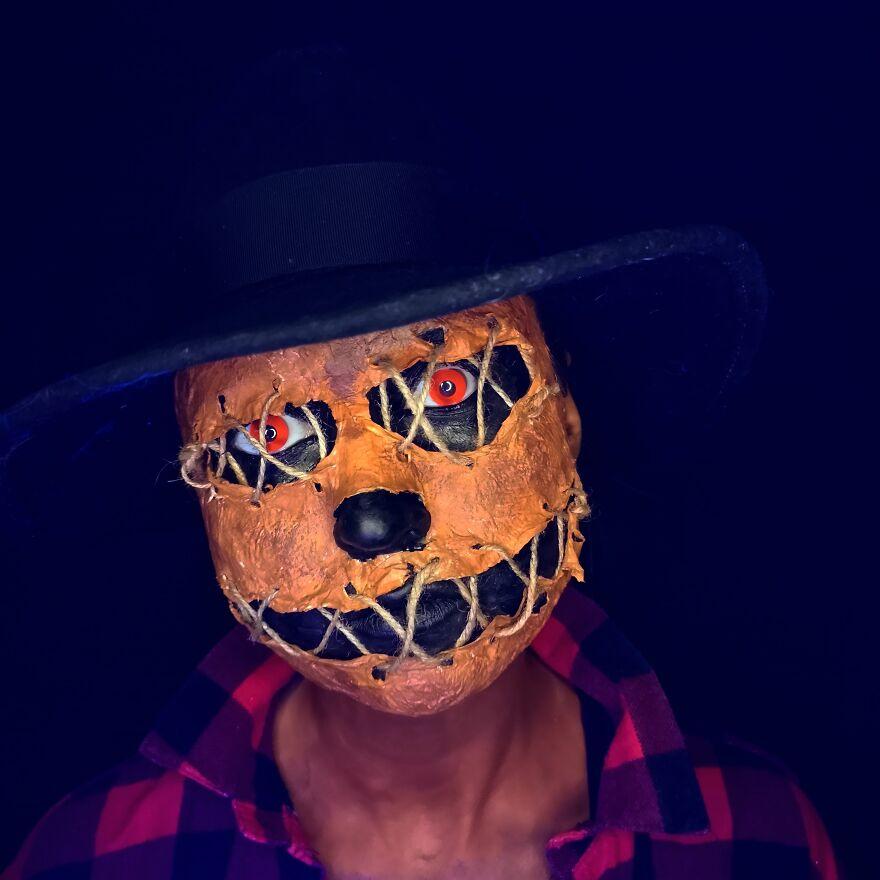 2020 October – Scarecrow