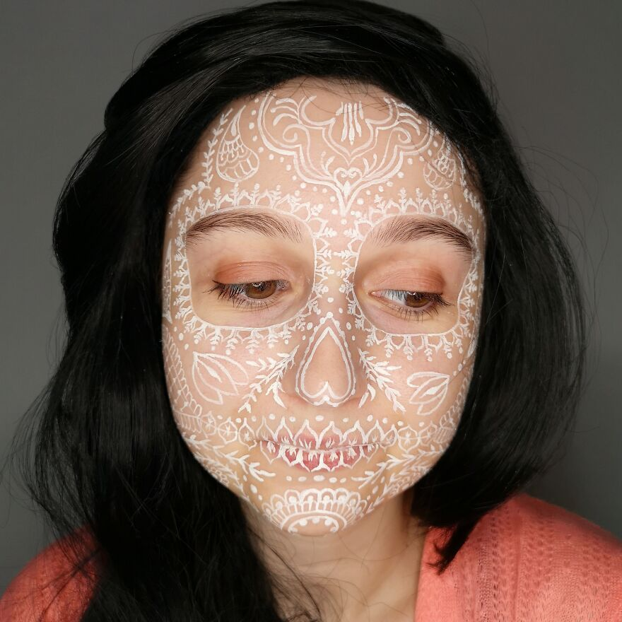 2020 October – Henna Style Skull
