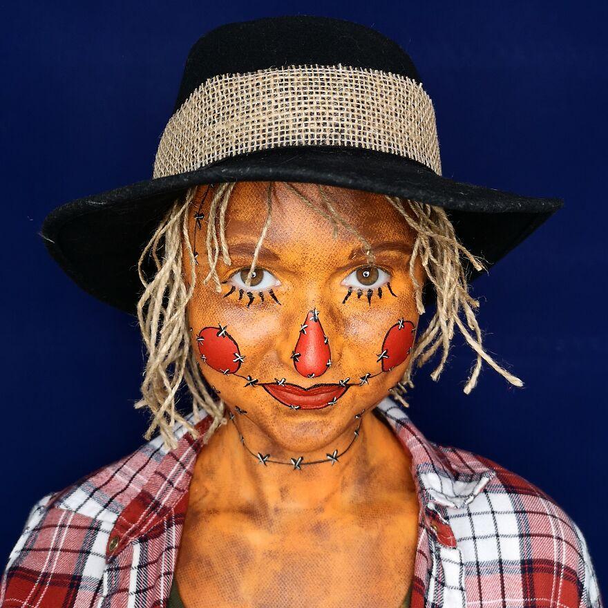 2019 October - Scarecrow