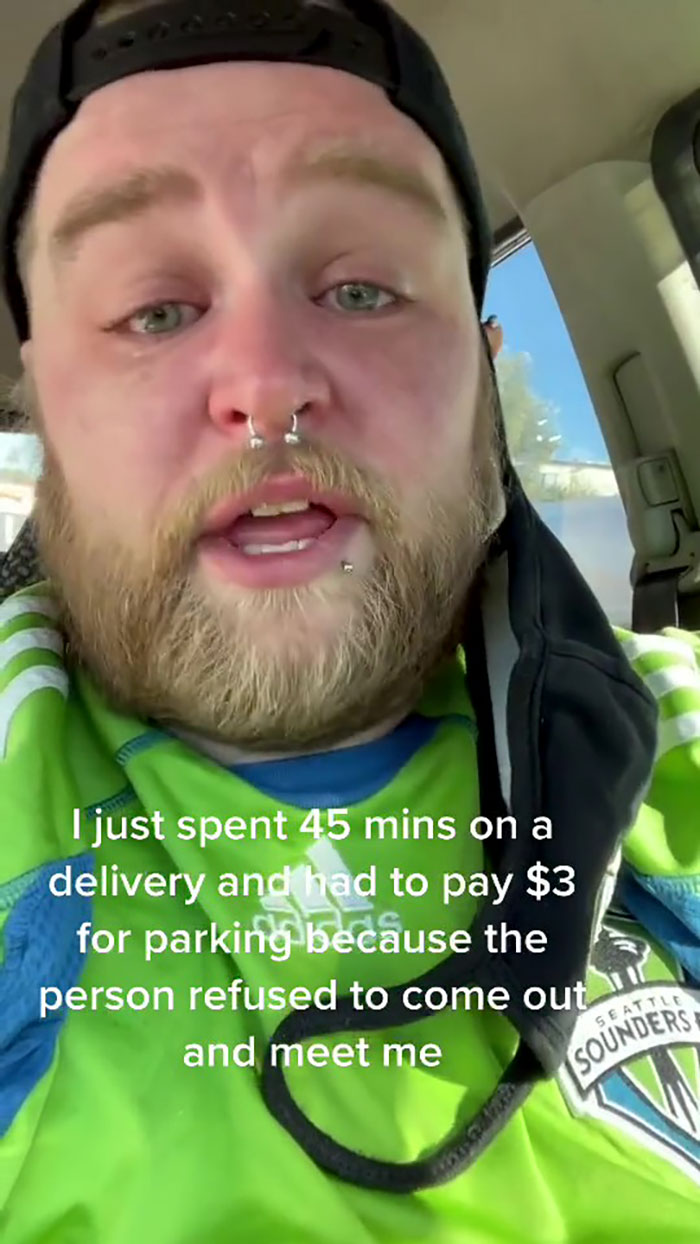 Struggling Uber Eats Driver Asks Customers To Leave Tips
