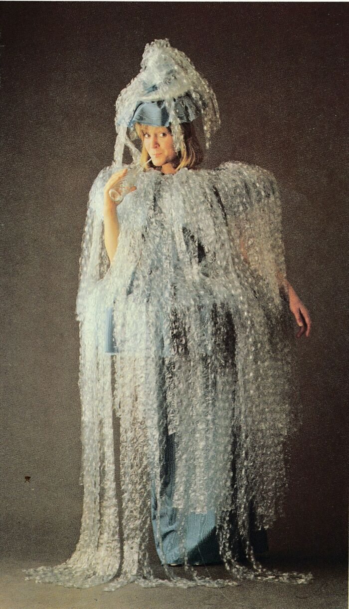 Funny-Vintage-Costumes-Book-Jane-Ashers