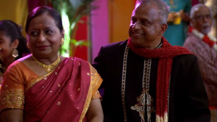 Avu And Swati Chokalingam As Kelly's Parents On 'The Office' (2005-2013)