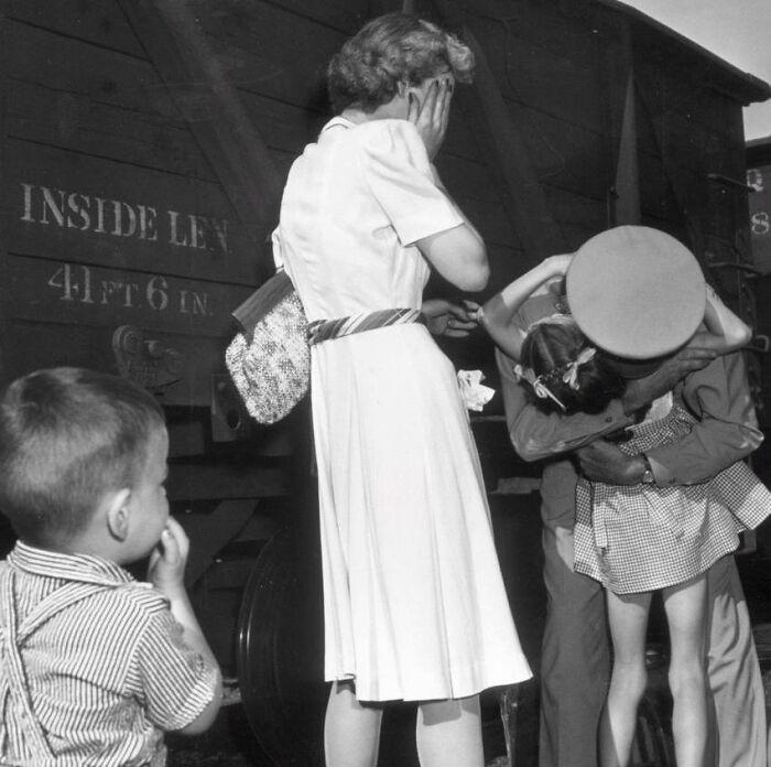 """1944 """"Regreso al hogar"""""""