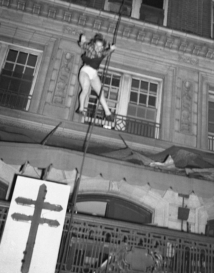 """1947 """"Salto mortal desde un hotel en llamas"""""""