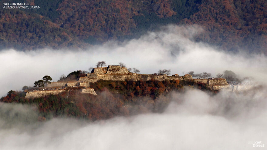 Graphic Designers Show What 6 Asian Castles Looked Like Before Falling Into Ruins