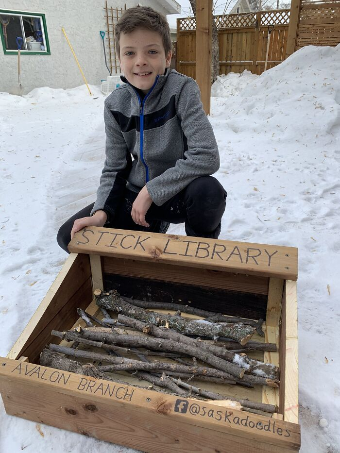 Dad And His 10-Year-Old Son Use Their Time In Quarantine To Build A 'Stick Library' For Local Dogs