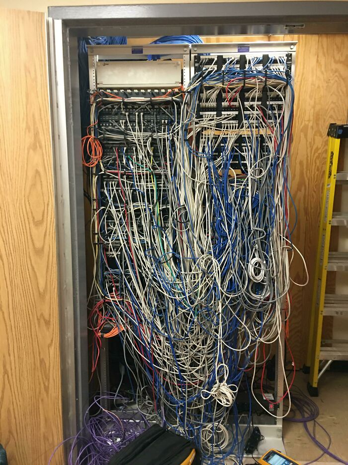 I Don't Work In Tech. My Hospital Has Some Occasional Network Issues...i've Finally Seen Behind The Curtain
