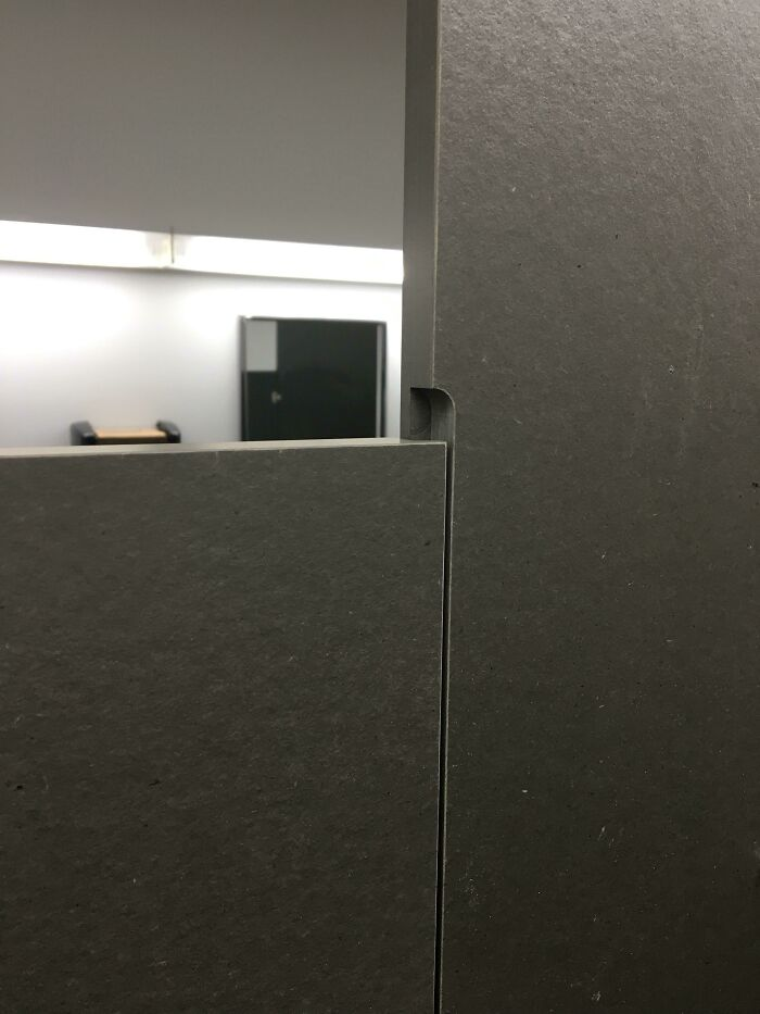 These Bathroom Stall Doors Have An Overlap To Avoid That Awkward Crack