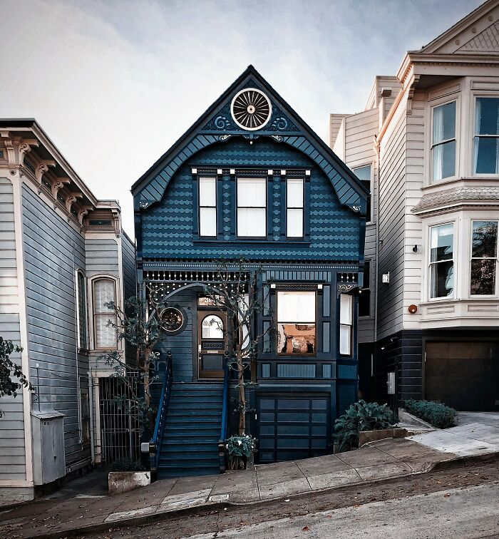 Shades Of Blue Highlight This San Francisco Victorian Home