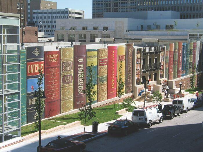The Kansas City Public Library