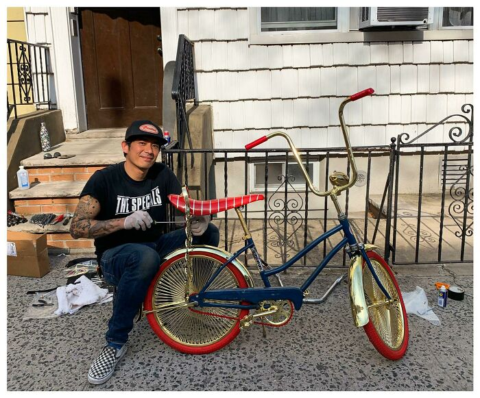 My Wife Asked For A Gold Bicycle. I Bought An Old 70's Ross Kids Bike And Turn It Into A Low Rider.