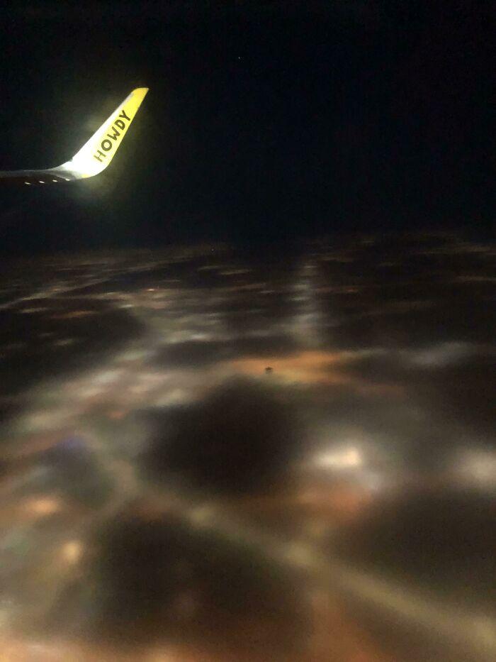The Fog During My Flight Makes Illinois Seem Like It Hasn't Rendered